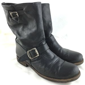 Engineer boot pull on black leather Veronica Short
